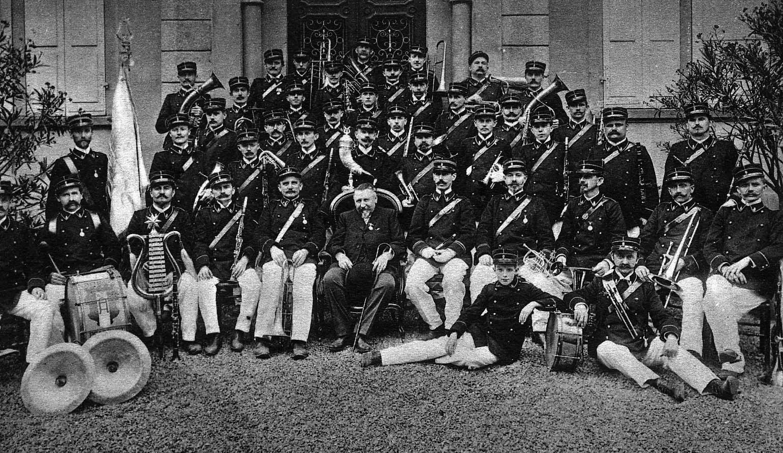 L'orchestre et son fondateur Antoine Schoff